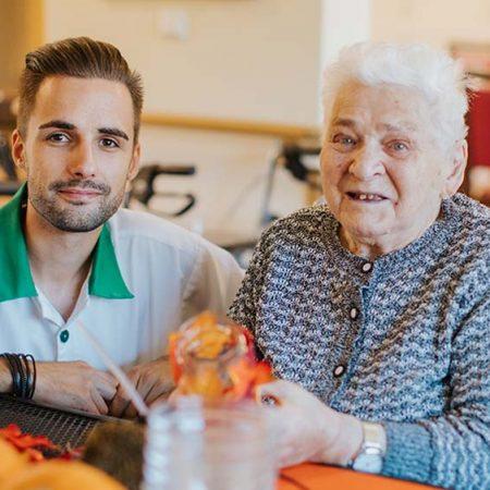 ausbildung-pflegeakademie-ausbilung-in-der-pflege-2021-1